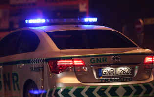 Três mortos e 804 acidentes de viação durante a Páscoa