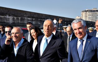 Marcelo Rebelo de Sousa visita e promete Ordem de Mérito a Associação Pró-Maior Segurança dos Homens do Mar