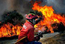 Incêndio consome Bombeiros durante toda a noite em Vila do Conde
