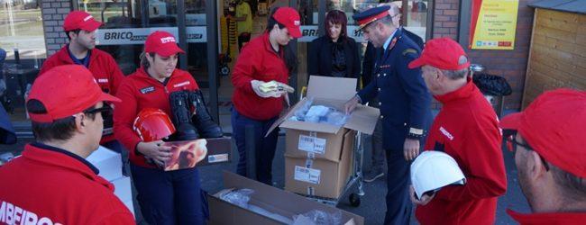 Grupo Mosqueteiros entrega fardas novas aos Bombeiros de Vila do Conde