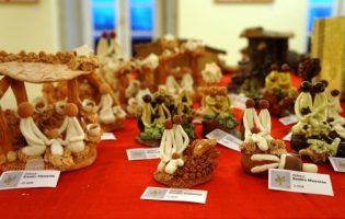 Presépios de Portugal em exposição no Auditório Municipal de Vila do Conde