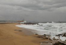 Mar agitado em Vila do Conde e Póvoa de Varzim com ondas de 7 metros