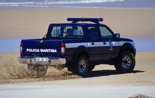 Fardo deu à costa na praia de Caxinas em Vila do Conde
