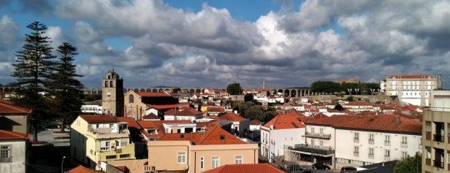 Paróquia e Câmara Municipal de Vila do Conde de costas voltadas