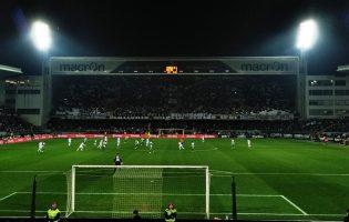 Rio Ave deslocou-se a Guimarães num jogo onde reinaram os penaltis