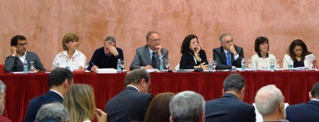Assembleia Municipal de Vila do Conde diz não à transferência de competências para o município