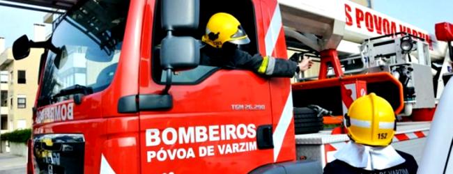 Três feridos e 12 desalojados num incêndio que destrói edifício na Póvoa de Varzim