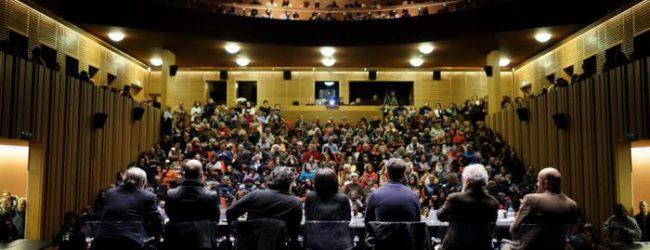 Doze autores de poesia finalistas ao Prémio Literário Casino da Póvoa no Correntes d'Escritas