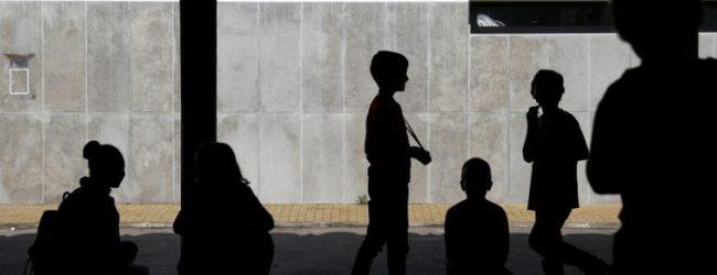 Encarregados de educação da Póvoa de Varzim exigem mais funcionários nas escolas