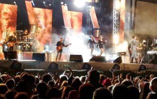 Cláudia Martins & Minhotos Marotos, Matias Damásio, Richie Campbell, DJ Vibe e Tributo Remember Queen grátis na Póvoa de Varzim