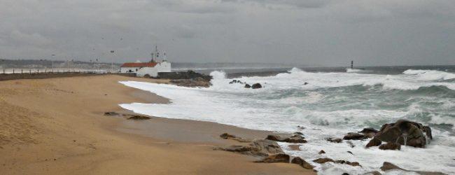 Barras de Vila do Conde e Póvoa de Varzim sob aviso laranja devido à agitação marítima