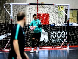 """André Sousa vê Itália como """"principal opositor"""" da Seleção Nacional de Futsal na Ronda de Elite"""