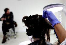Clínicas de tratamento para piolhos enchem-se de adolescentes contagiadas com moda das 'selfies'