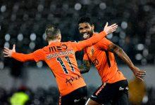 Rio Ave vence Vitória de Guimarães com dois golos em dois minutos e sobe ao quinto lugar