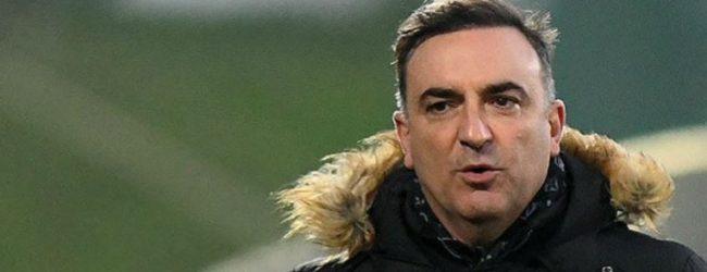 """Carlos Carvalhal diz que Bruno Fernandes """"tem valor para ser uma referência"""" em Inglaterra"""