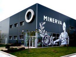 Fábrica de Conservas da Póvoa de Varzim aumenta produção e mantém 250 funcionários