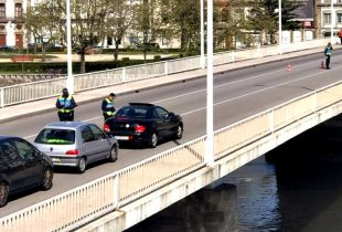 PSP fiscaliza entrada de pessoas pela ponte de Vila do Conde para evitar propagação da Covid-19