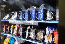 Máquinas da Metro do Porto com máscaras e luvas descartáveis e álcool em gel para venda