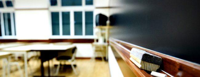 20 escolas inflacionaram as notas dos alunos do ensino secundário segundo dados do Governo