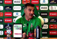 """Treinador Carlos Carvalhal confirma abordagem de """"clubes grandes"""" por jogadores do Rio Ave"""