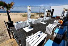 Covid-19 causou esplanadas vazias e barracas por alugar nas praias de todo o Norte de Portugal