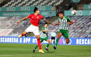 Benfica embalado por Waldschmidt vence Rio Ave por 3-0 e reforça liderança da I Liga de futebol