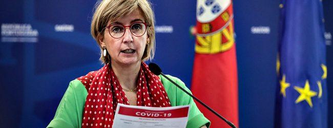"""Ministra da Saúde diz que Portugal assiste a """"alguma desaceleração"""" da pandemia de Covid-19"""