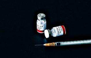 Vacina portuguesa contra a Covid-19 vai começar a ser ensaiada clinicamente em 2.000 pessoas