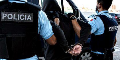 PSP detém homens de 47 e 50 anos por tráfico de cocaína e heroína nas Caxinas e em Vila do Conde