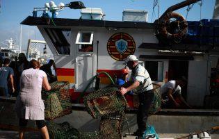 """Pescadores dizem na Póvoa de Varzim que subida dos combustíveis deixa atividade """"insustentável"""""""