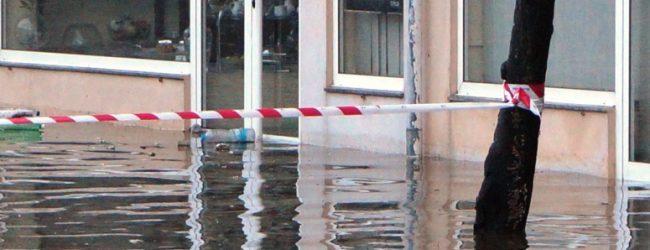 Chuvas intensas causam várias inundações e prejuízos em Vila do Conde e Póvoa de Varzim