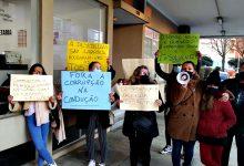 """Alunos e pais lesados da Escola de Condução """"A Desportiva"""" do Norte acusam gestor de """"roubo"""""""