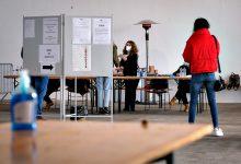 """Comissão Nacional de Eleições salienta que votar é seguro e """"não tem os riscos da ceia de Natal"""""""