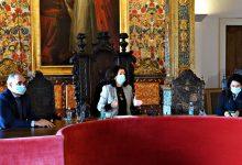 Líder da Câmara de Vila do Conde Elisa Ferraz repudia vacinação indevida contra a Covid-19
