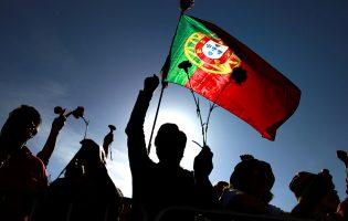 Grupo artístico de Vila Nova de Famalicão estreia este mês ciclo de espetáculos sobre Democracia