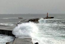 Polícia Marítima auxilia homem isolado junto ao farolim do molhe Norte da barra de Vila do Conde