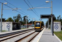 Metro do Porto interrompido devido a problema entre as estações dos Verdes e de Modivas Centro