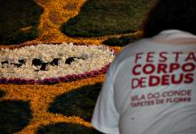 Câmara de Vila do Conde readapta tradição dos Tapetes de Flores no dia do Corpo de Deus