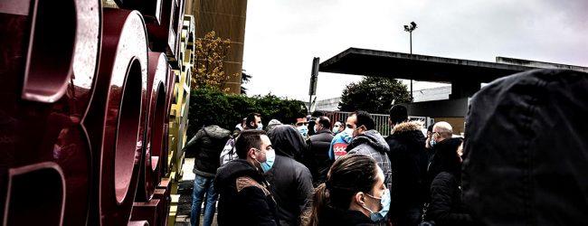 Trabalhadores da Super Bock em protesto contra aumentos salariais propostos pela administração
