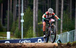 Ciclista vilacondense Raquel Queirós estreia-se nos Jogos Olímpicos com 27.º lugar em XCO