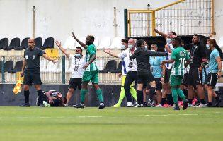 Rio Ave supera dérbi com o Varzim para a Taça da Liga em triunfo decidido nas grandes penalidades