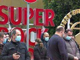 Trabalhadores da Super Bock convocam greve entre 5 e 10 de agosto por aumentos salariais