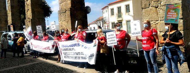 Trabalhadores reclamam melhores condições na Ordem Terceira de São Francisco de Vila do Conde