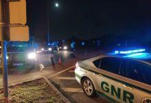 GNR deteve na Póvoa de Varzim homem e mulher suspeitos de furtos em viaturas em Barcelos
