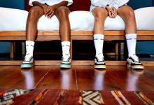 Poveiros criam marca de sapatilhas sustentável e inovadora Shoevenir com lembranças associadas